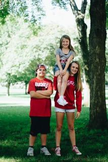 Ben and his sisters at a BuckeyeThon photoshoot